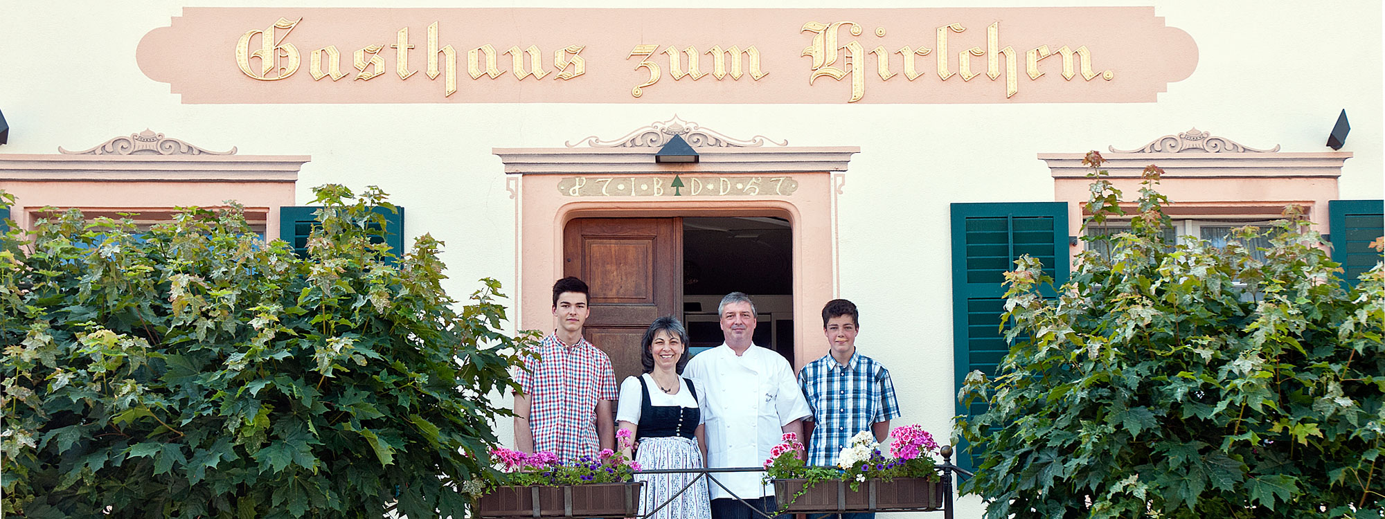 Familie-Albiez-Eingang_slider